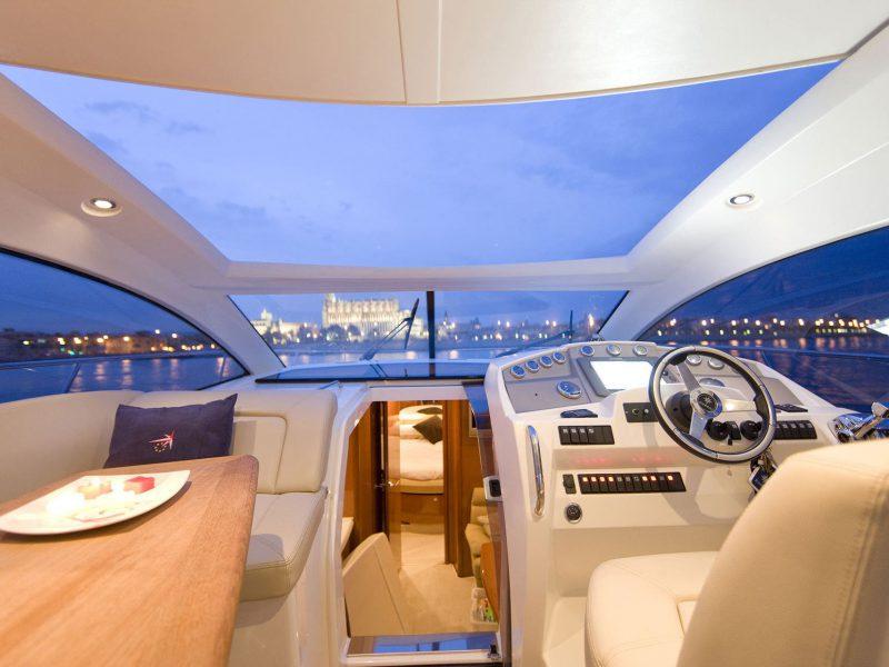 فروش قایق های تفریحی در ایران - PRESTIGE 390 S (15)