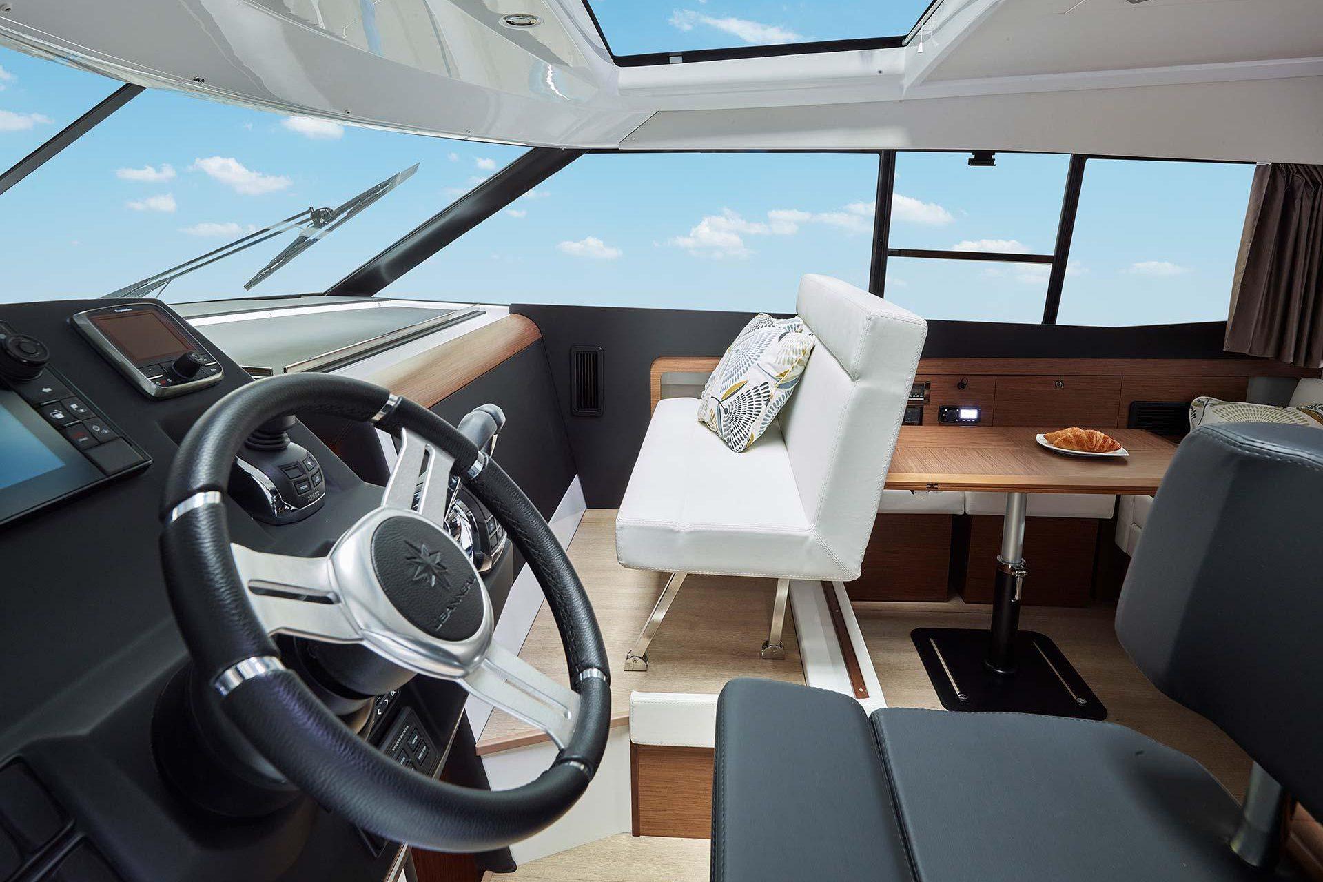 فروش قایق های تفریحی NC 11 (11)