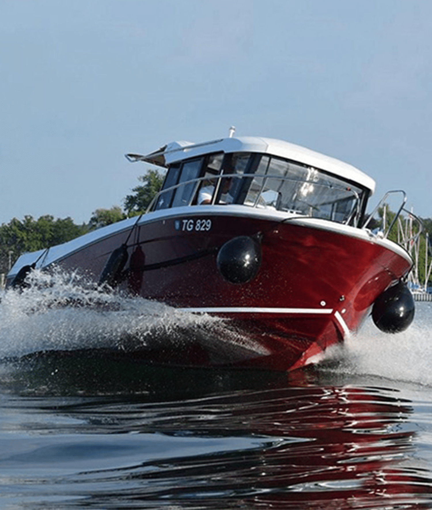 قایق-&-فروش-قایق&مارینا-کیش7ماریناکاسپین&مکیندریا&مکین-دریا-کاسپین